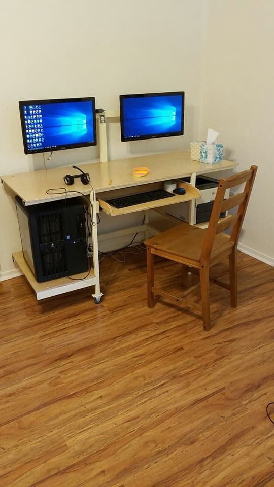 Custom Computer Table - #sapcesaver table for multidesktop  perfect for your study/work room   #blackfriday #blackfridaydeals #blackfriday2017 #blackfridaysale #christmas #christmasgifts #customwoodworking