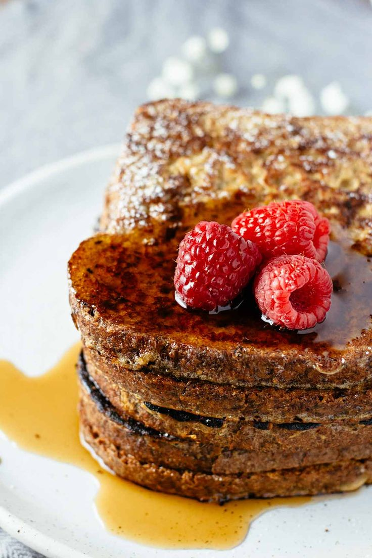 Healthy French Toast - perfect for weekend brunch!