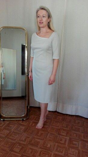 Vestido bege com apontamentos branco. By Alda Faria 2015.