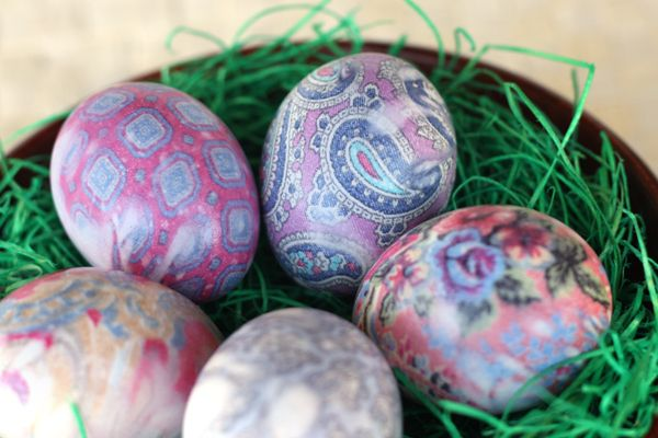 Silk dyed eggs.  That's some real tie dying!