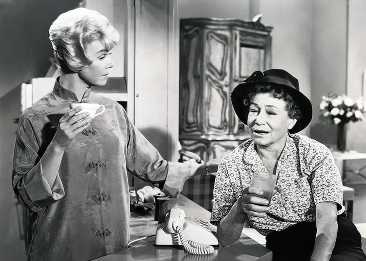 pillow talk movie - Doris's drunk maid..loved her