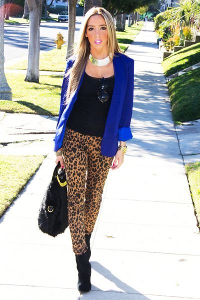 I would switch the outfit by putting the royal blue pants that i just bought today with a leopard tank & maybe a black jacket/cardigan