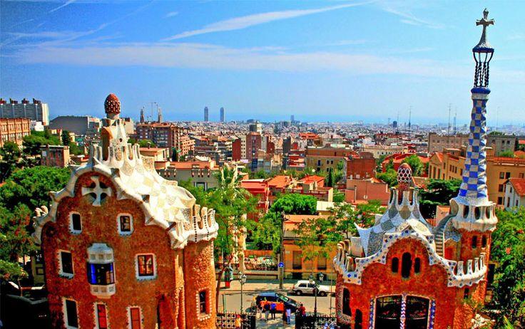 Il n'y a pas que la Sagrada Familia, le Park Güell, la Casa Mila à Barcelone ... Découvrez d'autres endroits insolites à Barcelone avec BubbleGlobe.