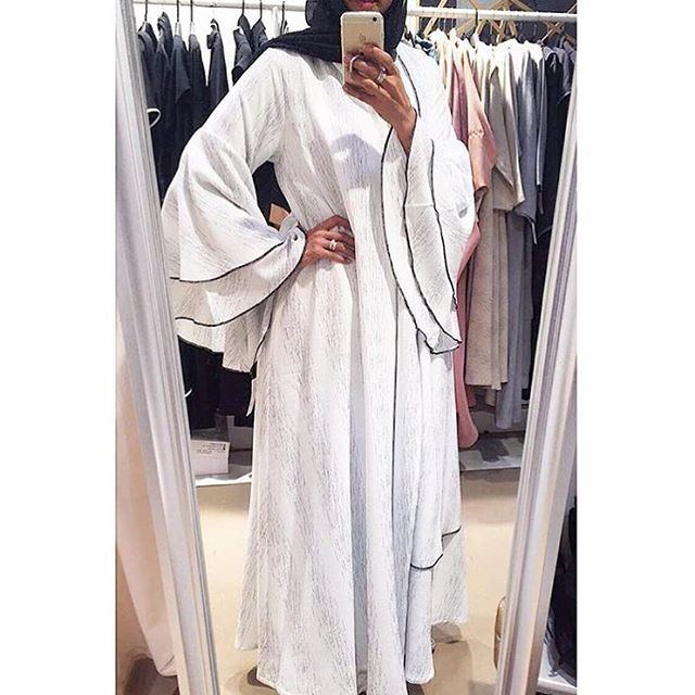 @abati_boutique   #abayafashion #abayastyle #minimalistfashion #whiteabaya #khaleejistyle