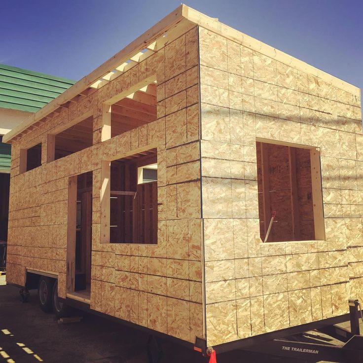 "Páči sa mi to: 124, komentáre: 3 – Westcoast Outbuildings (@outbuildings) na Instagrame: ""Another #skookum 24' Park Model RV (#tinyhouse) taking shape. #csaz241 #westcoastoutbuildings…"""