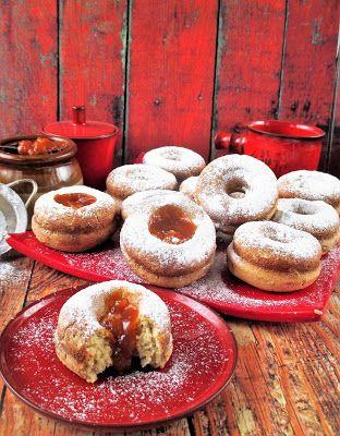 """NoCarb """"túrófánk""""sütőbenNagyon finom,jön a farsang érdemes elkészíteni,gyorsan készen van.de nem csak farsangra egy finom leves mellé komlett ebéd.Hozzávalók:12 db150 gToTu tojásfehérje túró2 db tojás150 mlToTu tej6 evőkanál paleolaj"""