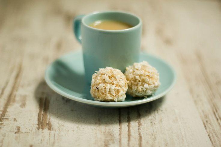Кокосовые конфеты с имбирем и масала чай