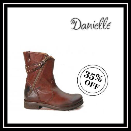 I  SHOES!  Sei alla ricerca di un modello che sia #casual e ideale per ogni occasione!? Questi #stivaletti in pelle marrone sono la #scarpa che cerchi!   Oggi RISPARMI il 35%!!!