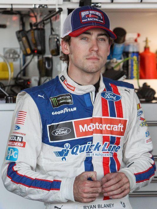 USP NASCAR: AAA 400 DRIVE FOR AUTISM-PRACTICE S CAR USA DE