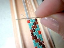 How to tie off thread on a bead loom... boy do I need this! I have a project on my loom and have never finished b/c I'm not sure how to end it