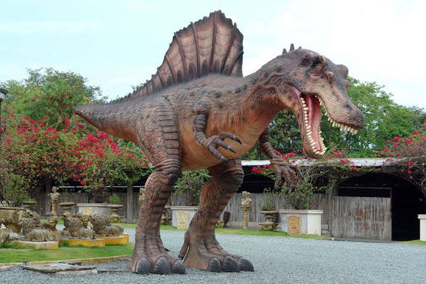 Awesomely Realistic Dinosaur Garden Statue | Cool Products | Pinterest | Garden  Statues And Spinosaurus