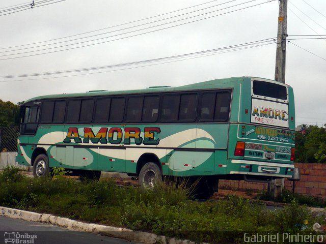 Ônibus da empresa Amore Rent a Car, carro 01, carroceria Marcopolo Viaggio G4 Strada, chassi Scania F112HL. Foto na cidade de Manaus-AM por Gabriel Pinheiro, publicada em 31/12/2015 16:54:01.