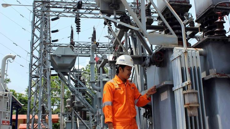 Pasokan Listrik Jawa-Bali Dipastikan Aman Jelang Lebaran https://malangtoday.net/wp-content/uploads/2017/06/Ilustrasi-pasokan-listrik-Istimewa.jpg MALANGTODAY.NET – Menteri ESDM Ignasius Jonan mengunjungi PT PLN (Persero) Pusat Pengatur Beban (P2B) di kawasan Gandul, Cinere, Jawa Barat, guna memantau pasokan listrik menghadapi Hari Raya Idul Fitri 1438 Hijriah atau Lebaran 2017. Jonan di sela kunjungan tersebut Kamis (15/6) pagi... https://malangtoday.net/flash/nasional