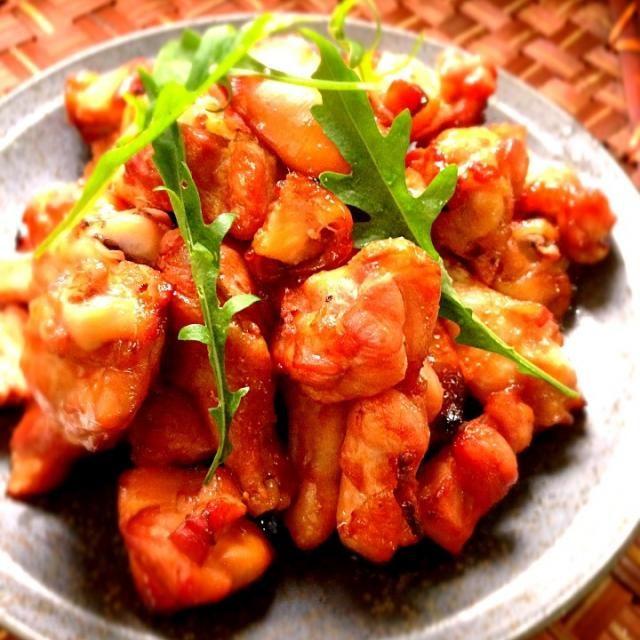 おおお!!!これいいかもーー!! あみちゃんすごいアレンジだわー 作ってみたい(o^□^o)ノ - 118件のもぐもぐ - Moko's Very delicious roast wing stick❤みどりさんの近所のお肉屋さんのメチャうま焼き豚をチキンで by Ami