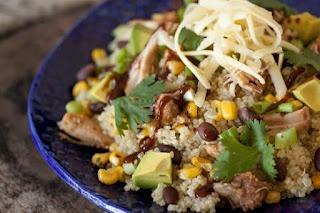 BBQ Chicken Quinoa SaladHealthy Meals, Chicken Salad, Black Beans, Bbq Chicken Quinoa Salad, Bbq Sauces, Food, Salad Recipe, Eating, Bbqchickenquinoasalad