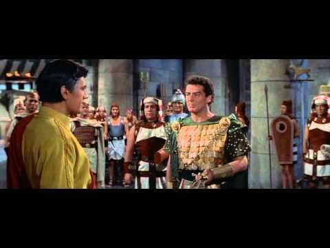 @ . SZINUHE  /  színes, magyarul beszélő, amerikai filmdráma, 139 perc, 1954 Mika Waltari számtalan kiadást megért, fantasztikusan népszerű regényének filmváltozata az ókori...