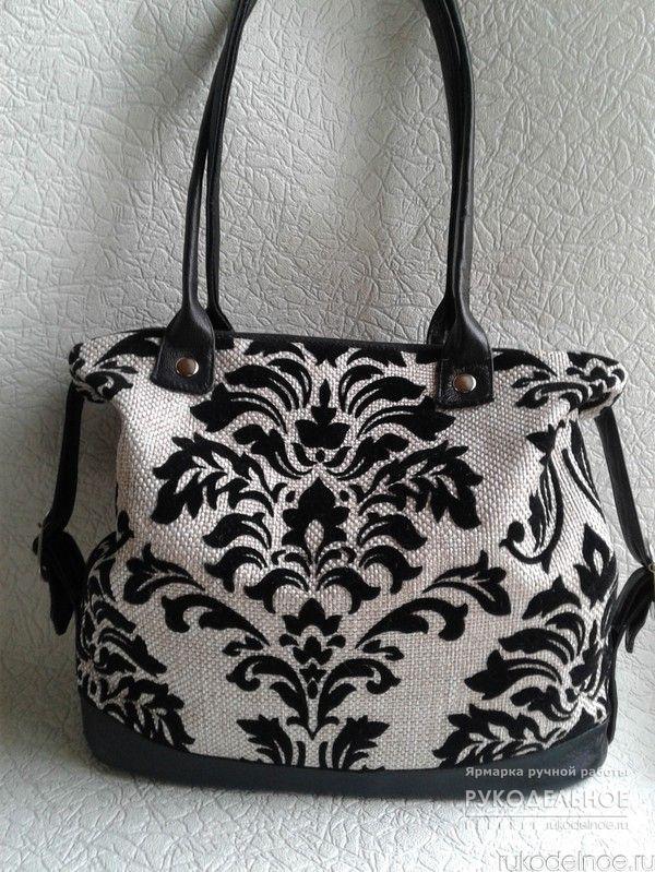 Стильная женская сумка. сумка изготовлена из мебельного гобелена и натуральной кожи.удобная и вместительная. при желании можно носить на плече. https://rukodelnoe.ru/catalogue/bags/womans/sumka-iz-gobelena-i-kozhi-39672.html  #рукодельное#рукодельноеру#рукоделие#ярмаркамастеров#etsy#етси#дизайнерскиевещи#стиль#мода2017#ручнаяработа###сумкаручнойработы#сумкакупить#сумкаизкожи#моднаясумка#