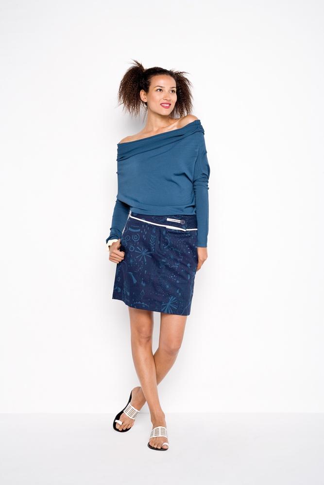 SKUNKFUNK  skirt: Munata V2XMX  ·  pullover: Laborda PMXQX