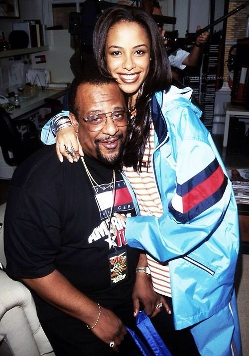 "Aaliyah and her dad Michael Haughton RIP to both of them... ༺✿* I♥Aaliyah Forever*✿༻ ƸӜƷ ƸӜƷ ƸӜƷ ƸӜƷ ƸӜƷ ƸӜƷƸӜƷ .•°*""˜˜""*°•.ƸӜƷ ✶* ¸ .✫ .•°*""˜˜""*°•.ƸӜƷ ✶* ¸ .✫ .•°*""˜˜""*°•.ƸӜƷ ✶* ¸ .✫"