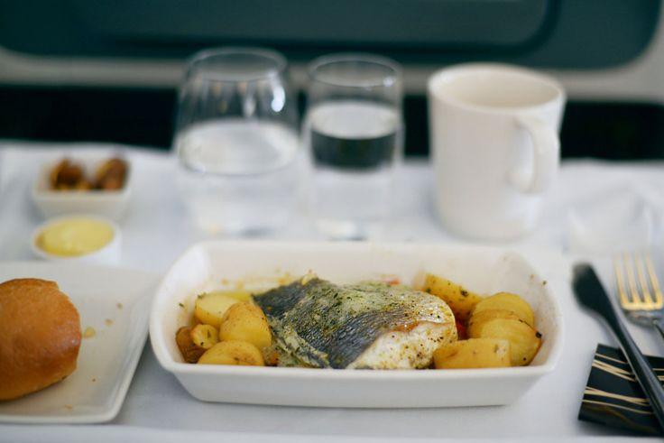 Kochen die Airlines das Essen eigentlich im Flugzeug?