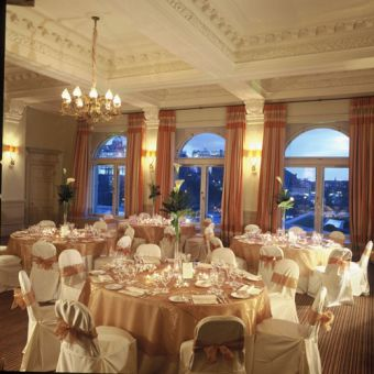 Malmaison edinburgh wedding cakes