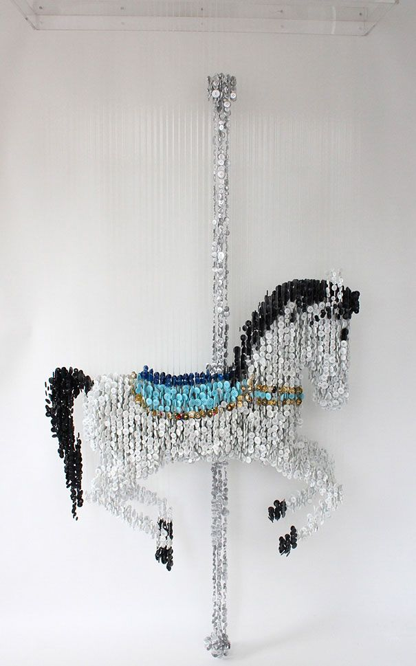 3D Sculptures Made of Suspended Sewing Buttons - Imgur