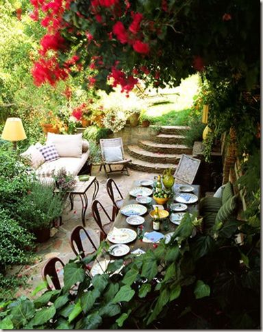 Dinning Outdoor table decoration