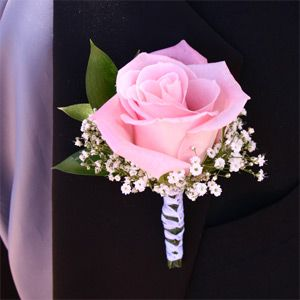 Pink Rose Boutonniere for Groom and Best Man. Can we match the rose from the pink roses in the bouquet?