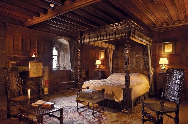 King Henry VIII's Bedchamber @HeverCastle.