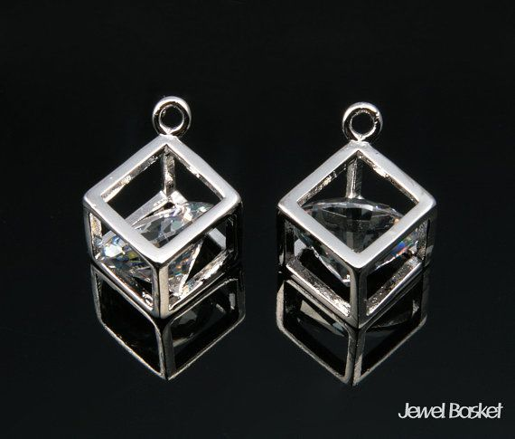 CRH041-C (2pcs) / Cubic In Box Pendent / 10mm x 10mm  - Highly Polished Rhodium Plated (Tarnish Resistant) - Cubic and Brass / 10mm x 10mm - 2pcs /1 pack