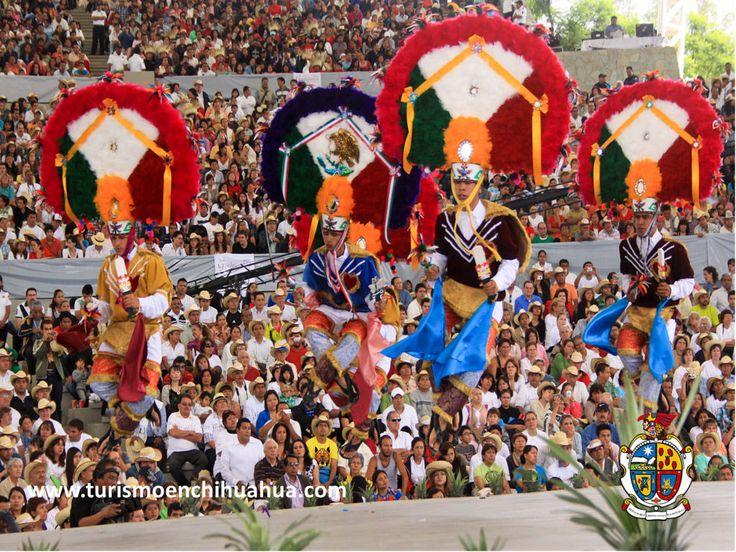 https://flic.kr/p/tdKnSp | TURISMO EN CIUDAD JUÁREZ TE COMENTA DEL ENCUENTRO GUELAGUETZA CIUDAD JUÁREZ.1 | Comerciantes, artesanos y artistas oaxaqueños, presentarán en el Centro de Ciudad Juárez sus productos y tradiciones en el marco de la celebración del Encuentro Guelaguetza-Ciudad Juárez, en este año 2015. La Guelaguetza es una celebración de la ciudad de Oaxaca de Juárez, capital del estado de Oaxaca,  en esta celebración se muestran las costumbres, tradiciones, danzas, lenguas, música…