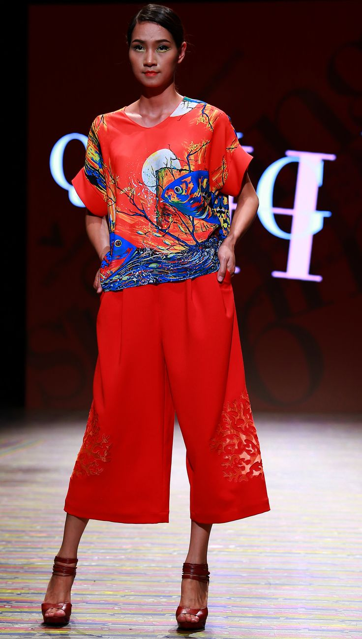 Vietnam Fashion Week SS16 - Ready to wear. Designer: Quang Huy. Photo: Cao Duy