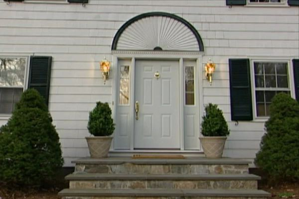 How to install a front door that is energy efficient diy for Energy efficient entry doors