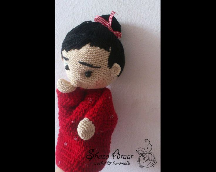 mome __ doll crochet ) red drees