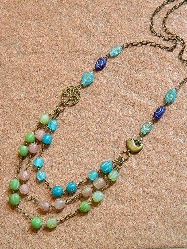 Dove, java beads
