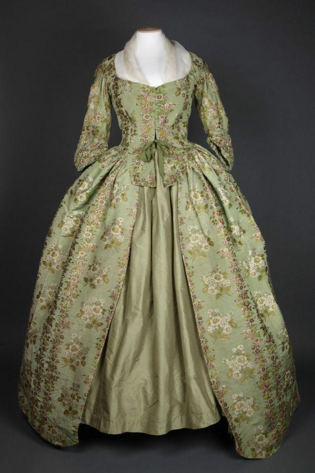Robe, 1780