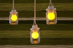 Luminária feita com vidros de conserva