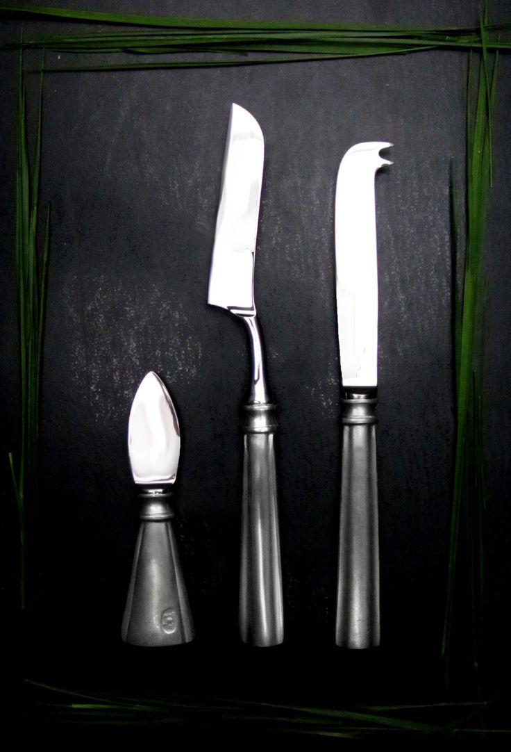 Pewter & Stainless Steel Cheese Knife Set - Food Safe Product - #pewter #stainless #steel #cheese #knife #set #peltro #acciaio #coltelli #formaggio #zinn #edelstahl #stahl #käsemesser #peltre #tinn #олово #оловянный #tableware #dinnerware #table #accessories #decor #design #bottega #peltro #GT #italian #handmade #made #italy #artisans #craftsmanship #craftsman #primitive #vintage #antique