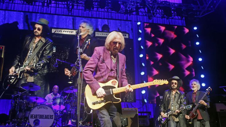 Tom Petty & the Heartbreakers perform at Wells Fargo Center in Philadelphia on July 1.