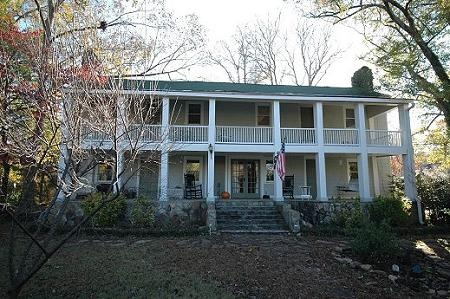57 best plantations in georgia images on pinterest for Civil war plantation homes for sale