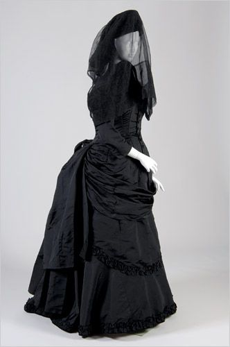 gothic mourning gown