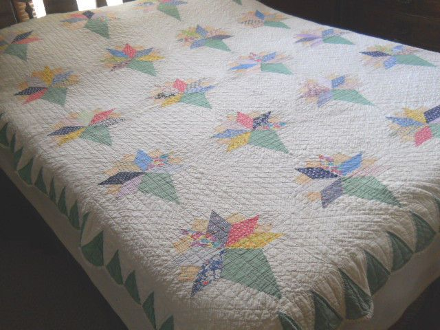 Lovely Vintage Old Fashioned Nosegay Quilt Handmade Pie Shaped Edge | eBay
