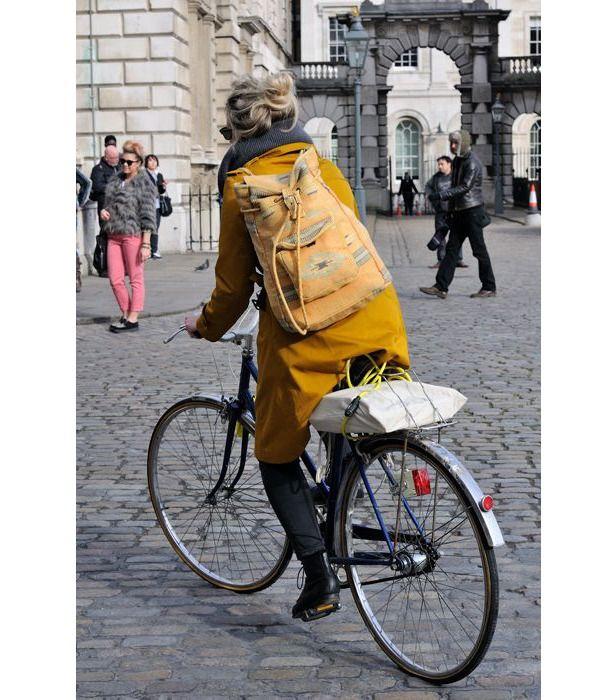 Рюкзак — это стильно: 30 интересных образов с участием модного аксессуара - Ярмарка Мастеров - ручная работа, handmade