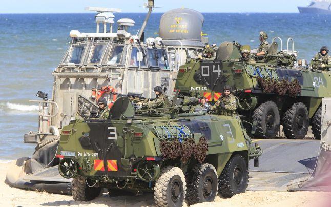 """Rusia şi NATO se antrenează pentru război: intensificarea exerciţiilor militare de ambele părţi anunţă că """"se pregătesc pentru ce e mai rău"""""""