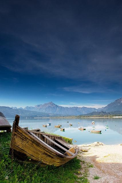 Al Lago di Alpago by Ag-NO3, via Flickr