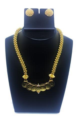 Thushi with Laxmi pendant and thushi ear rings