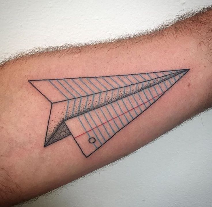 25 best ideas about paper airplane tattoos on pinterest small simple tattoos paper plane. Black Bedroom Furniture Sets. Home Design Ideas
