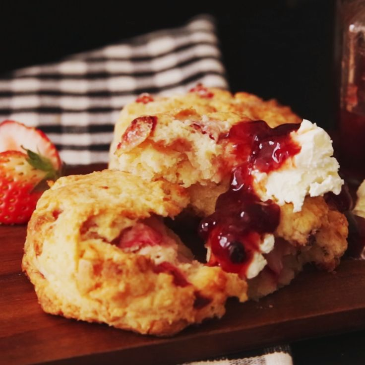 How to make Strawberry Scones.