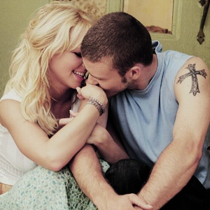 Justin Timberlake and Britney Spears. (One of my favorite pictures of them.)