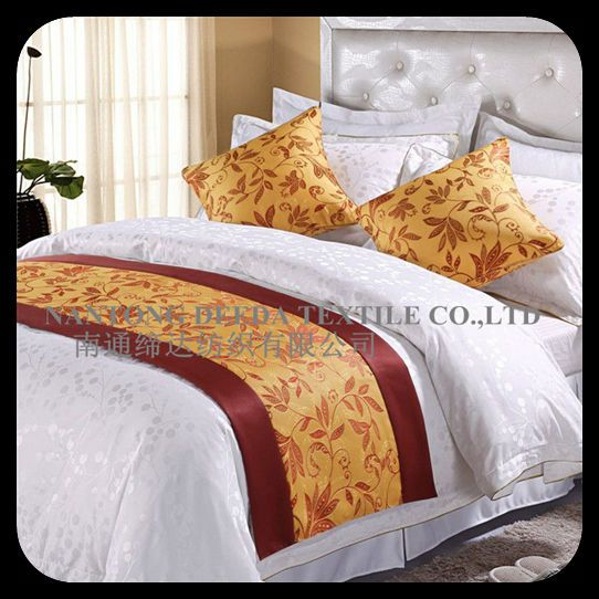 luxury hotel bed runner